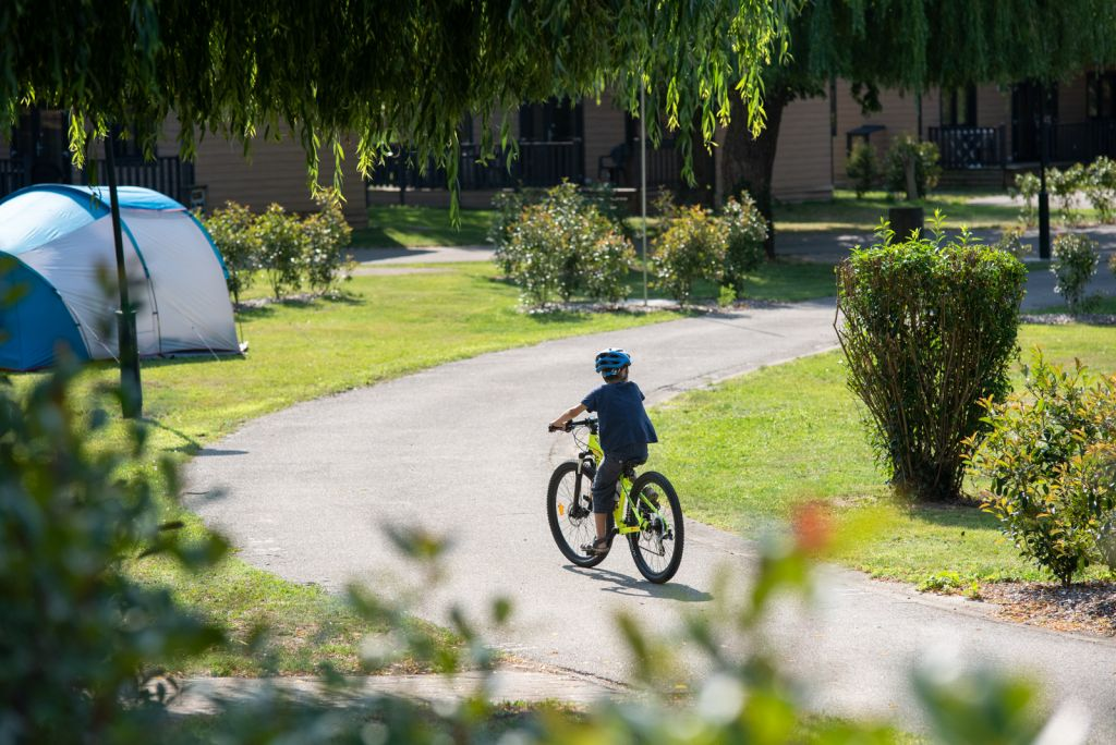 camping-la-trillonniere-hote-de-plein-air-lyon