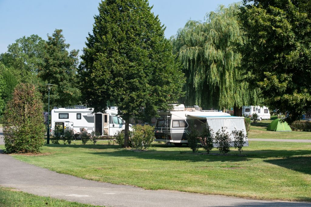 emplacement-camping-car-camping-trillonniere